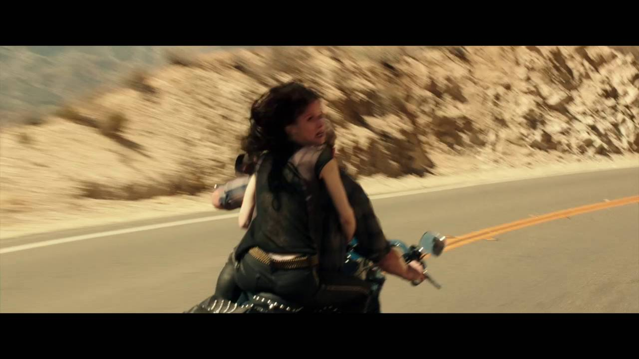 Blood Father Clip 3 Español Moto Youtube
