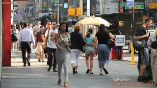 People Walking in NYC - youtube.com/tanvideo11