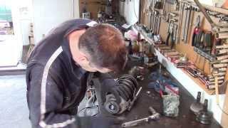 Ремонт ходовой Фольксваген Гольф Volkswagen Golf (замена гидростоек , подшипников и  шрусов)(, 2014-05-21T07:33:44.000Z)