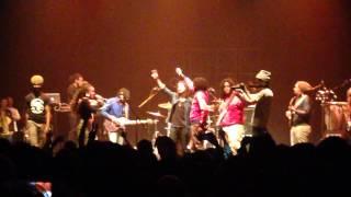 Chronixx - Start a Fyah feat Irie Souljah, Kelissa & Dre Island. LIVE in Barcelona