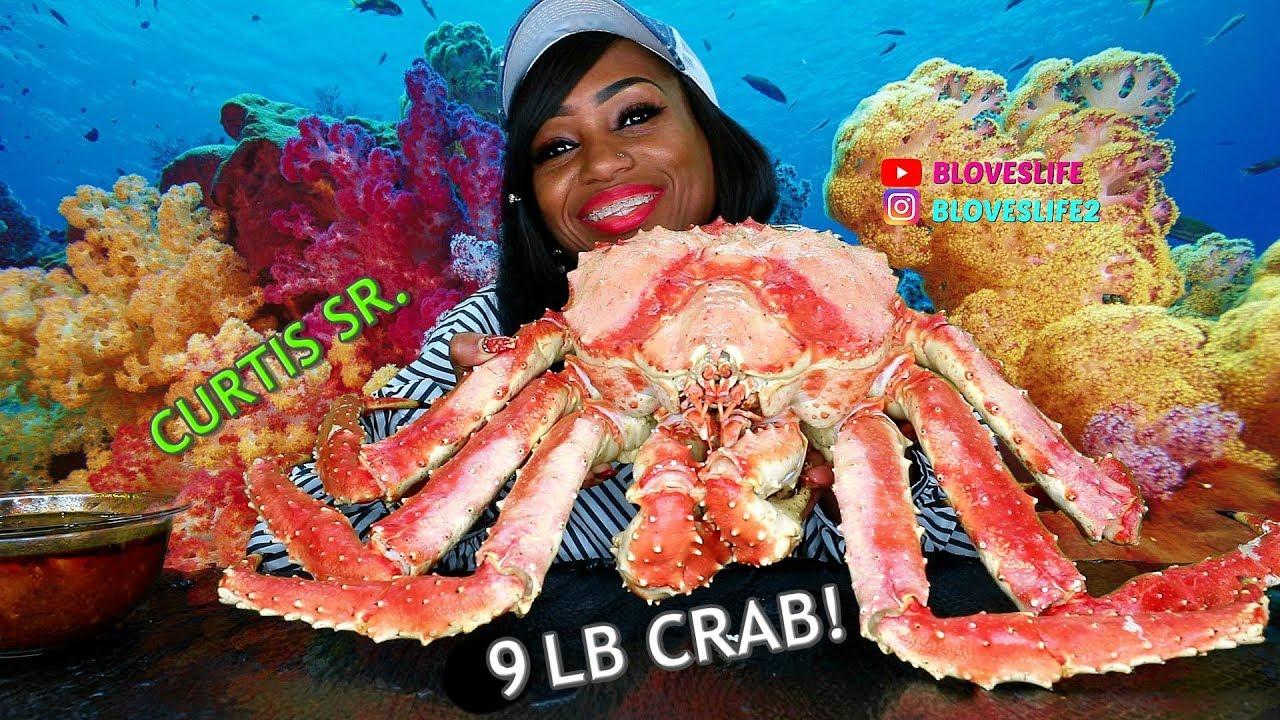Bloveslife Meets Curtis The Crab Sr A 9 Lb Whole Alaskan King Crab Youtube
