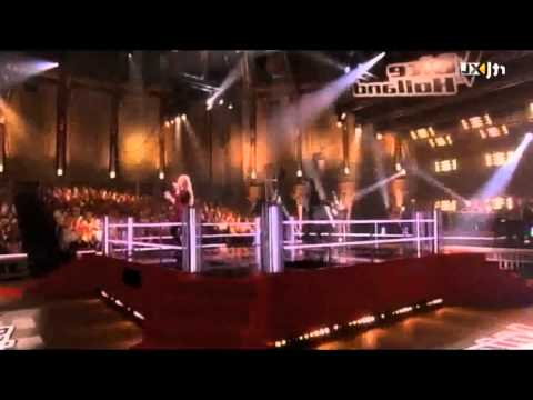The Voice of Holland - Battle: Christopher vs. Joyce (04-11-11 HD)