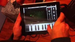 Amazing! Indian Classical Inspired music performed on an iPad synth! Raga Malkauns