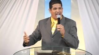 Pr Leastro Robert - Na Crise Deus te Desafia