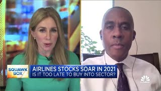 Top airlines analyst on Warren Buffett's reasoning for selling last year