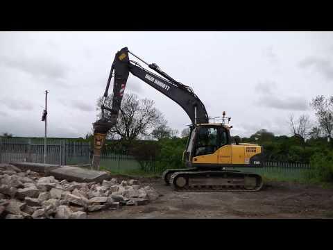 D & M Barnett Plant Hire 16T 360° Excavator With Breaker
