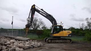 D & M Barnett Plant Hire 16T 360° Excavator With Breaker