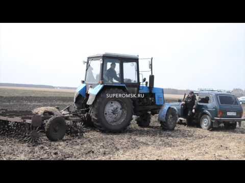 видео: Под Омском фермеры в одиночку бьются с крупной компанией за пашню - видео