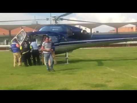 Traslado vía aérea de mujer que sufrió caída en Peñamiller.