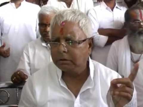 Lalu Prashad Yadav Becomes Angry on Reporters On Shahabuddin and Nitish Kumar Issue - Live Video