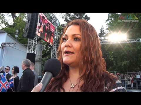 Interview Hera Björk on the red carpet in Vienna - Eurovision 2015
