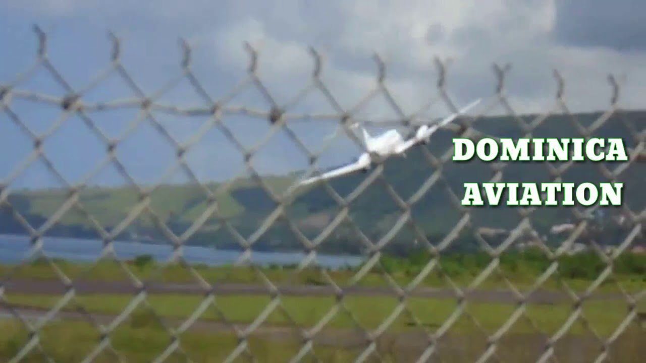 Airawak Britten Norman Islander BN2 A26 (F-OGXA) departure @ the ...
