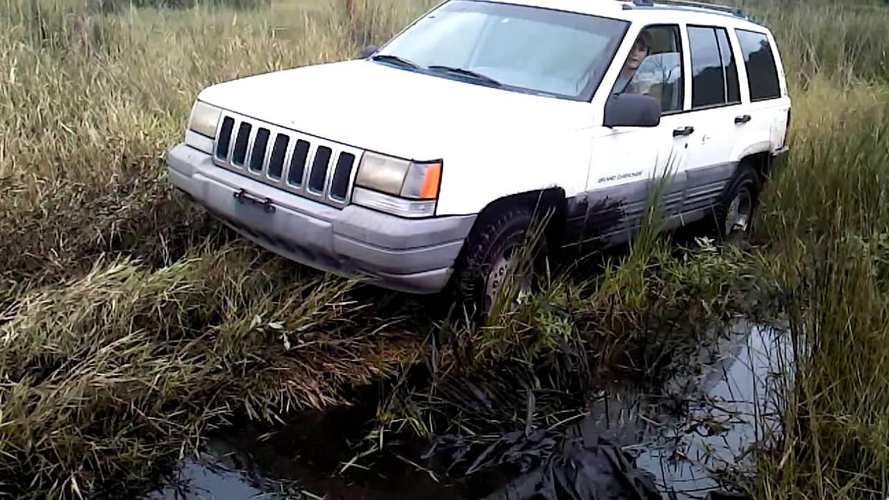 96 Jeep Grand Cherokee Mudding Part 1