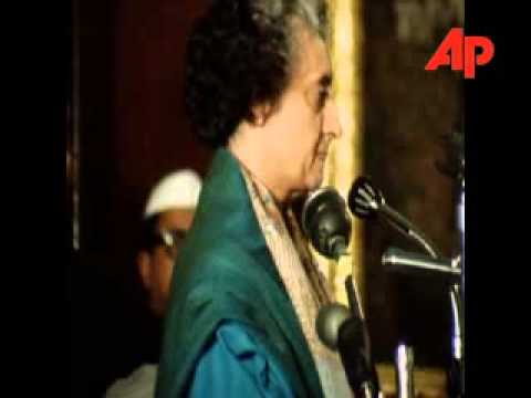 PM Indira Gandhi addresses parliament after victory with Pakistan 12/18/1971