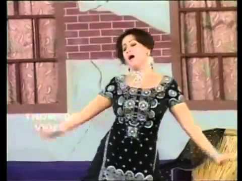 Nargis Adhi Raati Suti Paide Lat Haliae Mujra.mp4