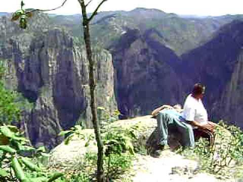 Cascada piedra volada youtube for Cascadas para jardin piedra