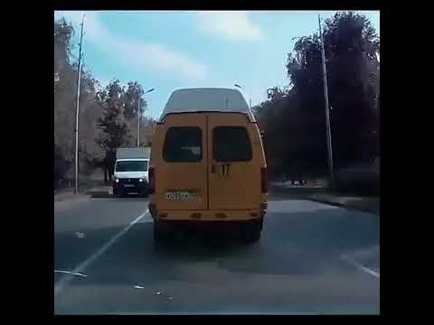 Ставропольский лихач-маршруточник едва не спровоцировал несколько ДТП