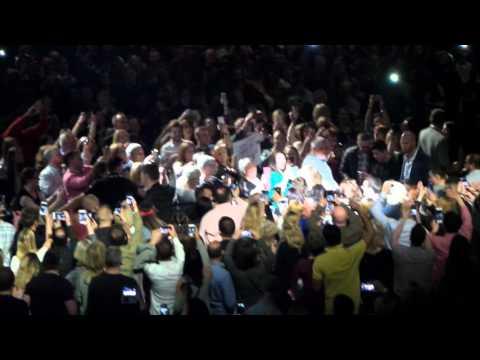 Adele - Hello - Genting Arena Birmingham 02/04/2016
