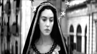 Κατερίνα Στανίση - Κυριακή