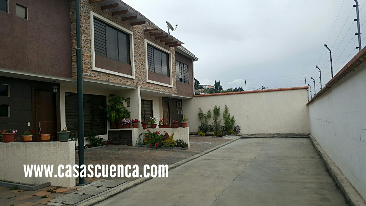 Venta casas en condominio en cuenca financiadas youtube for Casas en condominio