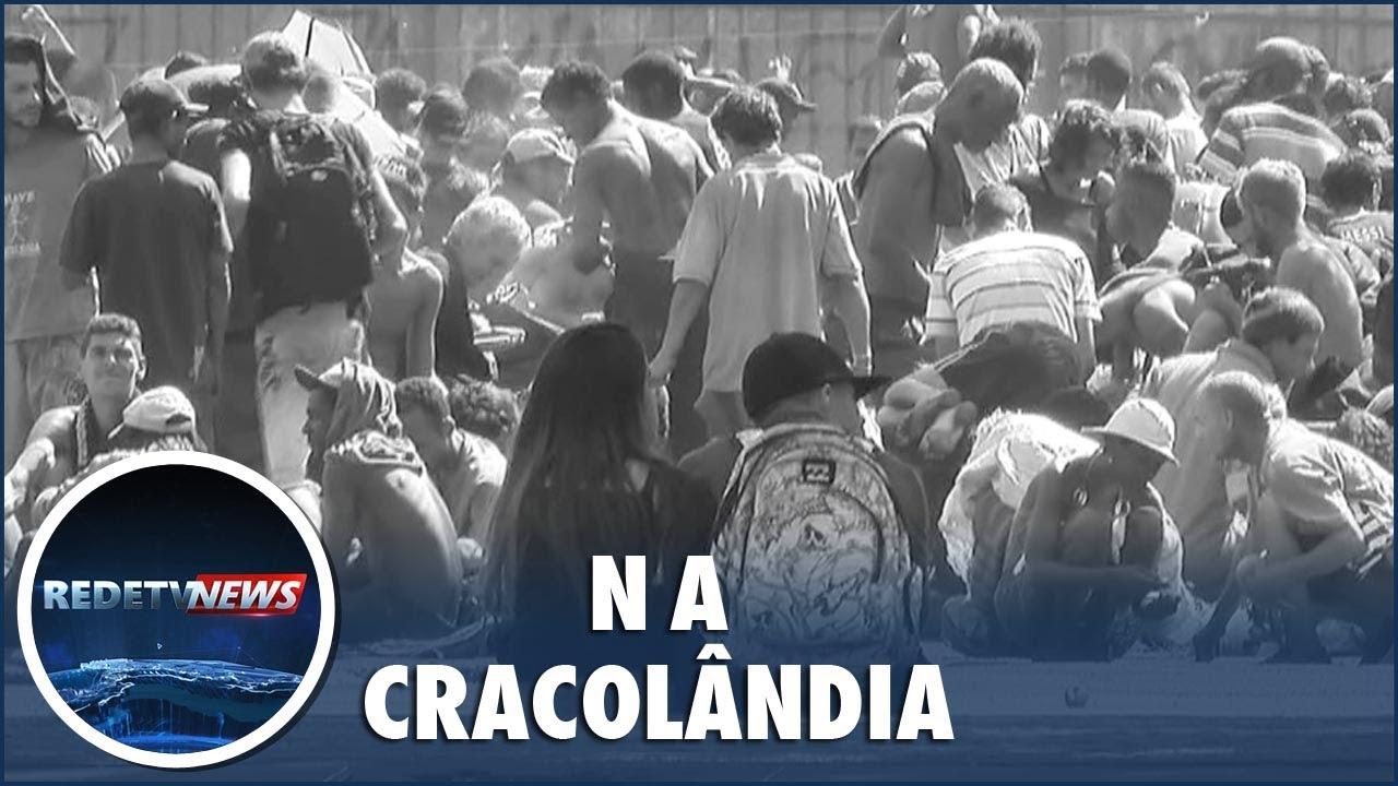 assistir - Projeto social oferece banho para moradores de rua em São Paulo - online