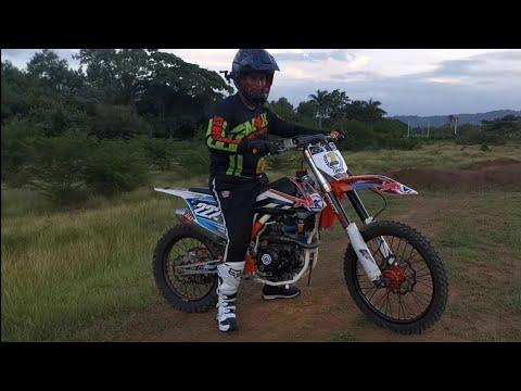 4K MCR 250cc Prueba Pista De Moto Cross CUTUPU Con ADRIAN SUAREZ #30