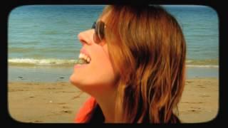 Stéphanie Sandoz - Le Soleil Donne (cover) - (Feat.Samira Brahmia) - Clip officiel
