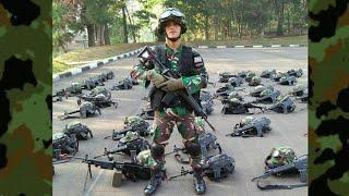 Video Mars Infantri TNI (Long Marsh & Ditengah Hutan Rimba) download MP3, 3GP, MP4, WEBM, AVI, FLV September 2018