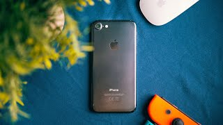 Should you still buy the iPhone 7 in 2021? A VERY Long Term Review!