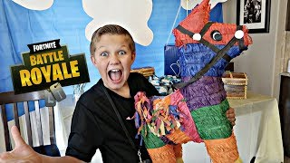 Fortnite Birthday Party!! Present Opening🎁