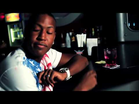 El Boy C -  El Pollito [Official Video]