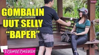 Video Prank Kamera Depan & Gombalin Uut Selly - Bram Dermawan download MP3, 3GP, MP4, WEBM, AVI, FLV September 2018