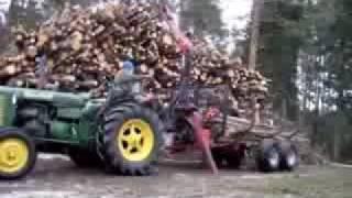 Tractor Zetor 25A 1956 unloading firewoods