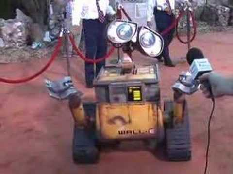 Wall*E is Interviewed