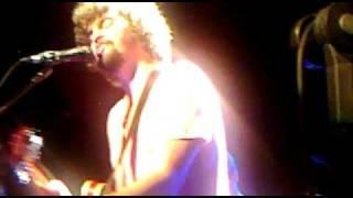 EDDIE YOU SHOULD KNOW BETTER - Curtis Mayfield em versão Qinho (ao vivo no Oi Futuro de Ipanema)
