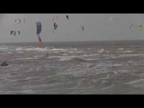 Kitesurf World Cup 2015 - St. Peter Ording - Germany - 28.08.2015 - Friday - Best Day - Warm Up