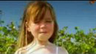 "Connie Talbot ""Three Little Birds""(Sing-A-Long Version -click on ""annotations"") )"