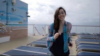 Американская девушка в отпуске: круиз по Карибскому морю
