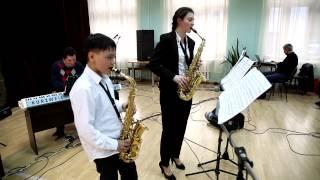 �������� ���� Опавшие листья Ж.Косма - дует саксофонов - студия Глория ������