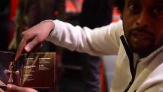 AFROB - packt sein Album PUSH aus
