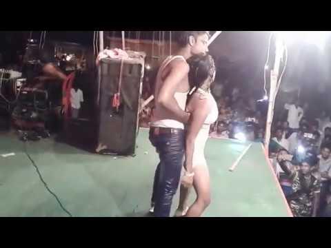 ऐसा डांस आपने पहले कही नहीं देखा होगा !  Stage Show Rain Dance Hindi Songs ! All Time Hits Songs !