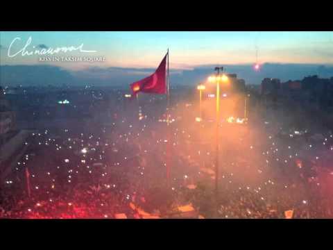 Клип Chinawoman - Kiss in Taksim Square