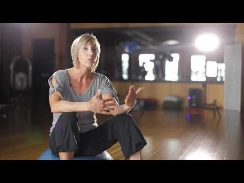 Bellyfit Testimonial // Fitness Instructor: Leanne Zdebiak-Eni video