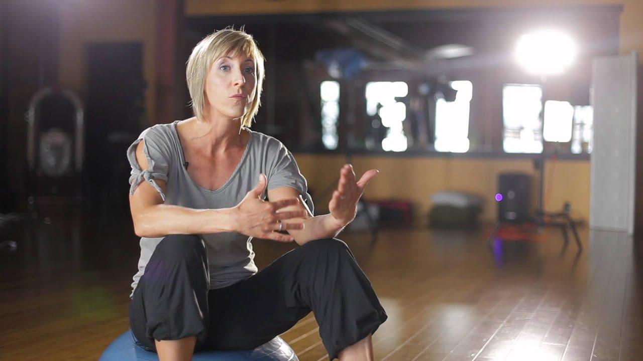 Bellyfit Testimonial // Fitness Instructor: Leanne Zdebiak-Eni video