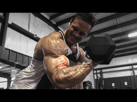 MEN'S PHYSIQUE ARMS WORKOUT