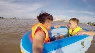 NTN - 4K Thử Dùng Bể Bơi Ra Giữa Sông Sâu 30M ( Use Pool Do Boat )