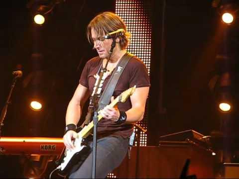 Keith Urban - Georgia Woods ( Brisbane Concert 2011 )