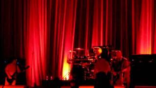 faith no more - stripsearch live in berlin - reunion tour 2009