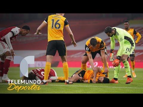 Raúl Jiménez sufre brutal golpe y queda inconsciente | Telemundo Deportes