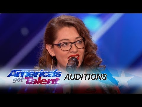 VIDEO - Mandy Harvey: Deaf Singer Earns Simon's Golden Buzzer With Original Song - America's Got Talent 2017